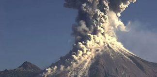 Eruption volcan Colima janvier