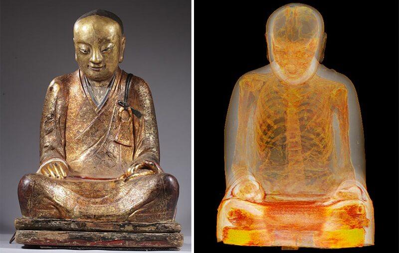 Momie ancien moine bouddhiste statue