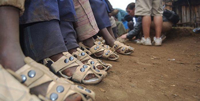 The Shoes That Grows, chaussures pour les enfants pauvres