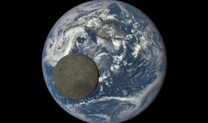 face cachée de la Lune, GIF, Terre