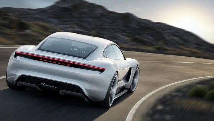 Porsche Mission E, électrique